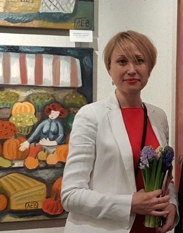 Елена Лихацкая
